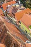 红色铺磁砖的屋顶在老镇Rothenburg ob der陶伯 免版税库存照片
