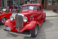 1933红色雪佛兰小轿车 库存图片