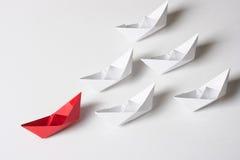 红色领导船 免版税图库摄影