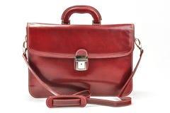 红色,有专业样式的Bordoux公文包有白色背景 图库摄影
