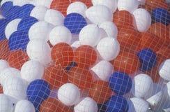 红色,空白和蓝色气球 免版税图库摄影