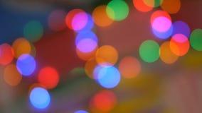 E 红色,绿色,黄色,桔子,蓝色defocused闪烁的bokeh欢乐背景 股票视频