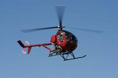红色直升机 库存图片