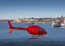红色直升机 免版税库存照片