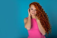 红色头发女孩 免版税库存照片