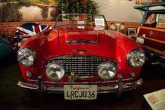 红色1959年奥斯汀Healey 300跑车 库存图片