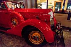 红色1936年帕卡德跑车汽车 免版税图库摄影