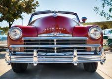 红色1949年普利茅斯经典之作汽车 免版税库存图片
