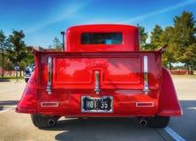 红色1935年福特卡车 库存照片