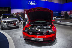 红色Ford Mustang 免版税库存图片