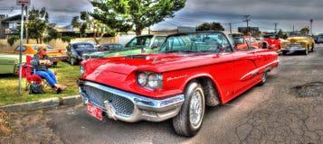 红色Ford Thunderbird 图库摄影