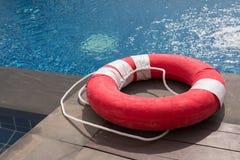 红色lifebuoy 免版税库存照片