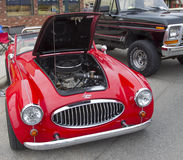 1988红色Sebring跑车汽车正面图 免版税库存照片