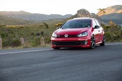 红色VW打高尔夫球6 Gti 免版税库存图片