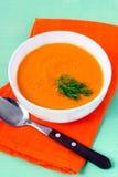 红萝卜、姜和橙色汤 免版税库存图片