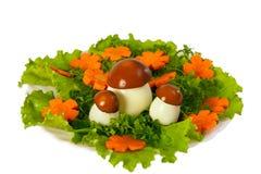红萝卜剪切莴苣蘑菇 免版税库存图片