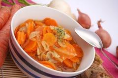 红萝卜新鲜的炖煮的食物 图库摄影