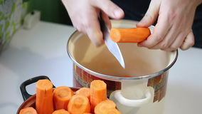 红萝卜汁的准备 影视素材