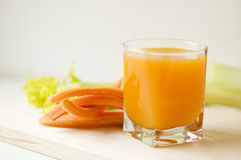 红萝卜汁 免版税图库摄影