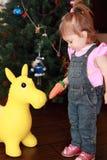 红萝卜驴提供的女孩少许玩具 库存图片