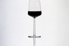 红葡萄酒葡萄酒杯 免版税库存图片
