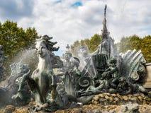 红葡萄酒, GIRONDE/FRANCE - 9月19日:对Girond的纪念碑 免版税库存图片