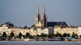 红葡萄酒, GIRONDE/FRANCE - 9月19日:横跨河的看法 免版税库存图片
