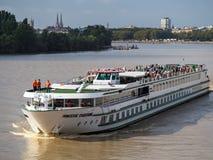 红葡萄酒, GIRONDE/FRANCE - 9月19日:游船Princesse 免版税库存图片