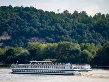 红葡萄酒, GIRONDE/FRANCE - 9月19日:游船Princesse 库存图片