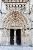 红葡萄酒Chatedral门户  库存照片