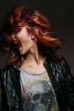 红头发人妇女的画象 免版税图库摄影