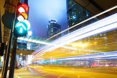 红绿灯在城市 免版税库存图片