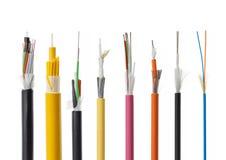 纤维在白色隔绝的光导电缆细节 库存图片