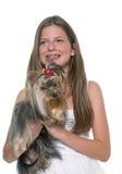 年轻约克夏狗和孩子 库存照片