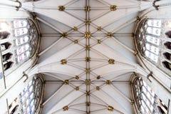 约克,英国- 02/08/2018 :里面约克大教堂 免版税库存图片