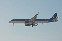 约旦皇家航空巴西航空工业公司ERJ-190 库存照片