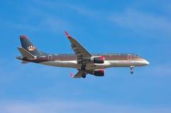 约旦皇家航空巴西航空工业公司ERJ-175LR 库存图片