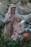 约瑟夫玛丽和耶稣木头雕象 免版税库存照片