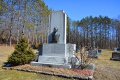 约瑟夫Adelard Godbout坟墓  库存照片