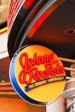 约翰尼氖迅速上升符号 免版税库存照片