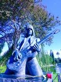 约翰尼Ramone雕象在永远好莱坞公墓 库存照片
