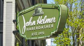 约翰赫尔默缝纫用品商人在波特兰街市-波特兰-俄勒冈- 2017年4月16日 免版税图库摄影