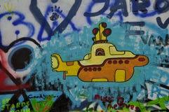 约翰・列侬墙壁- Yelow潜水艇 免版税库存照片