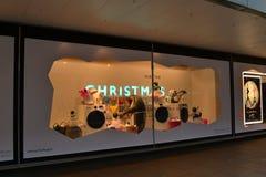 约翰・刘易斯圣诞节窗口装饰 免版税库存照片