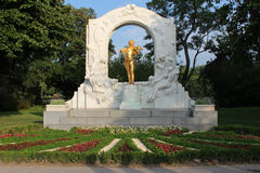 约翰・施特劳斯纪念碑-维也纳-奥地利 免版税库存图片
