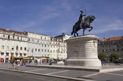 约翰I国王Praca的da Figueira骑马雕象  免版税图库摄影