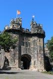 约翰O ` Gaunts门户兰卡斯特城堡旗子飞行 库存图片