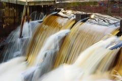 级联的水 免版税库存图片