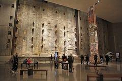 9/11纪念博物馆,在爆心投影, WTC的基础霍尔 库存照片