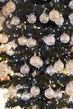 纪念品和首饰圣诞节商店在Sainte-Andr镇在匈牙利 免版税图库摄影